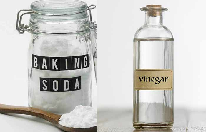 How to unclog toilet with baking soda and vinegar
