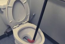 Photo of How to Use a Toilet Auger to Unclog a Toilet: Won't go in/ Work Fixes