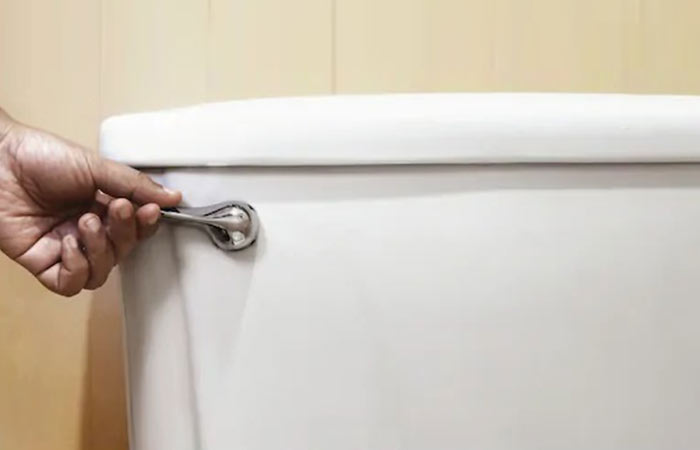 Toilet handle problems and fixes